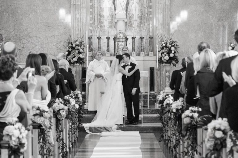 Saint-Louis-Wedding-Photographer-Photojournalist-Pillar-Bellerive-Country-Club-013