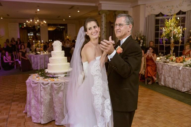 Saint-Louis-Wedding-Photographer-Photojournalist-Pillar-Bellerive-Country-Club-035