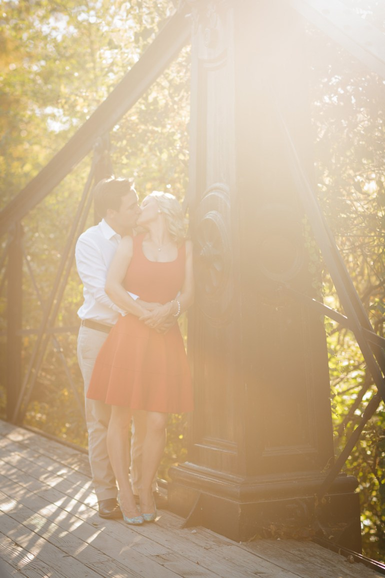 -Saint-Louis-wedding-Photographer-Engagement-Forest-Park-33