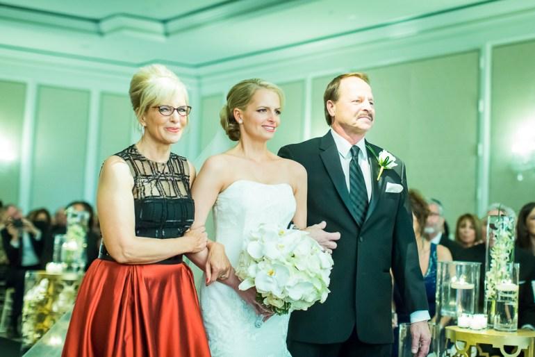-Saint-Louis-Wedding-Photographer-Ritz-Carlton-Hotel-36