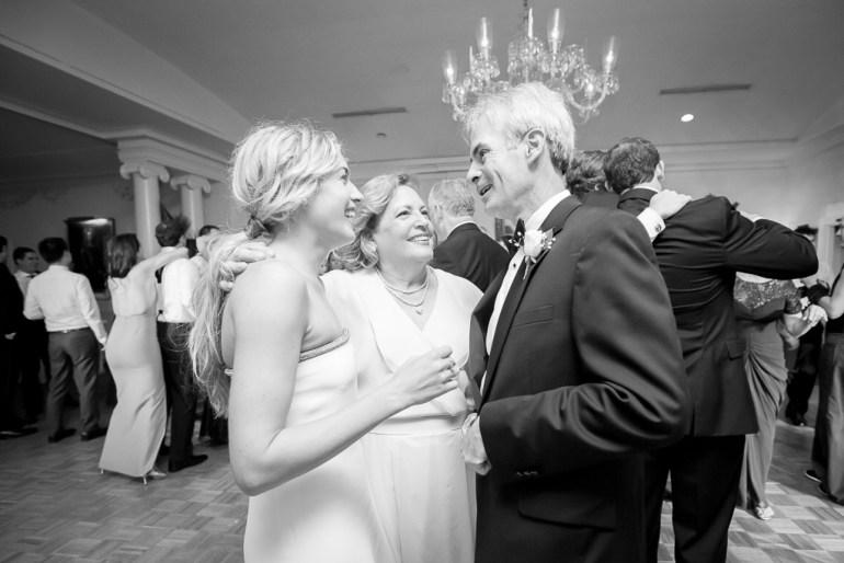 -Saint-Louis-Wedding-Photographer-Webster-Hills-United-Methodist-Church-Bellerive-Country-Club--37