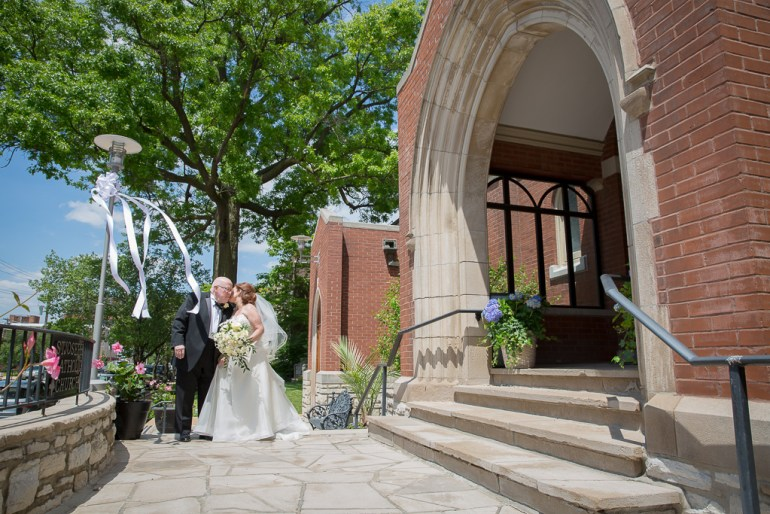 -Saint-Louis-Wedding-Photographer-Saint-Joseph's-Catholic-Church-Ritz-Carlton-Hotel-16