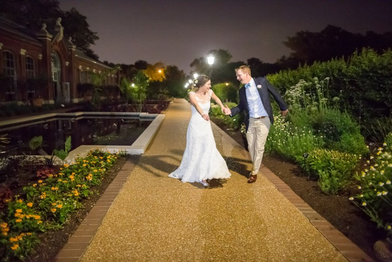 -Saint-Louis-Wedding-Photographer-Missouri-Botanical-Garden--54