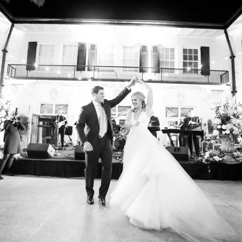 saint-louis-wedding-photographer-shrine-of-saint-joseph-saint-louis-country-club-38
