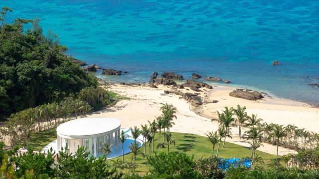 沖縄でリゾートウェディングを挙げる