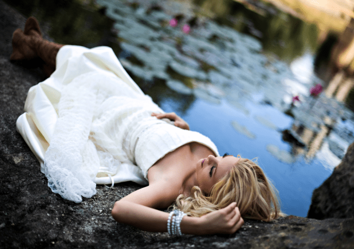 de stressed bride top wedding planning tips to reduce stress