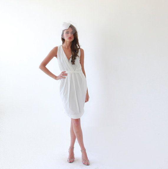 11 Rockin Courthouse Wedding Dresses That Wont Break the