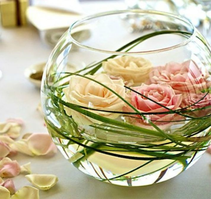 Round Vase Centerpiece with Floating Flowers