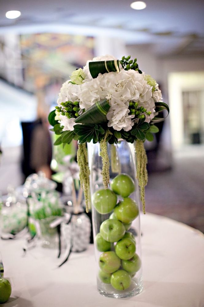 Superb Green And White Wedding Centerpiece Ideas With Centerpieces
