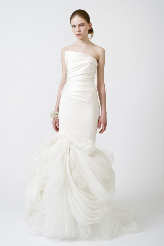Wedding dress guess amy adams virginiabaker for Guess dresses for wedding