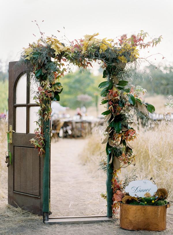 Vintage Outdoor Wedding Decor