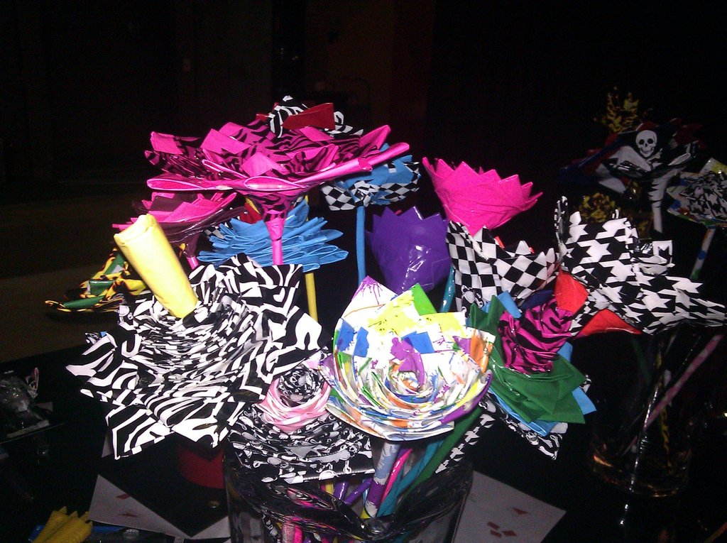 offbeat wedding ideas duct tape bridal bouquet wedding
