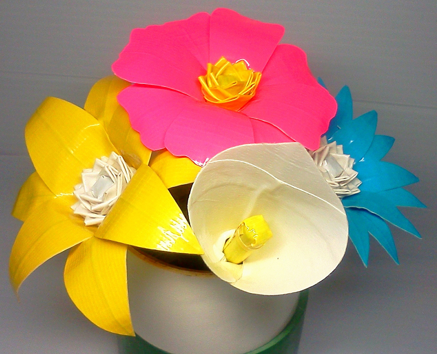 offbeat wedding ideas duct tape bridal bouquet roses eco
