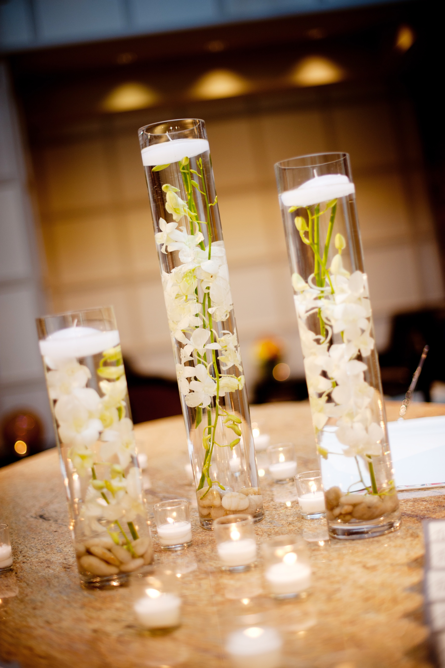 Simple But Elegant Table Decorations Photograph  elegantre
