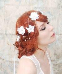 romantic wedding hair accessories bohemian bride | OneWed.com