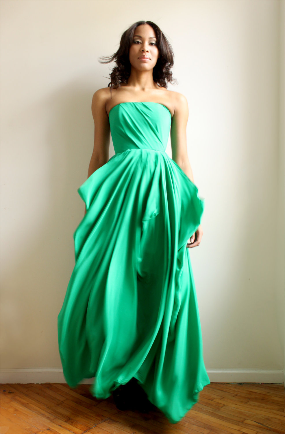 emerald green bridesmaid dress  OneWedcom
