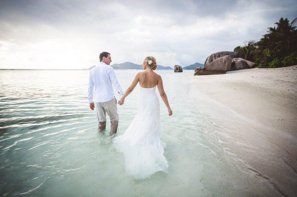 Strandhochzeit auf den Seychellen – das Video