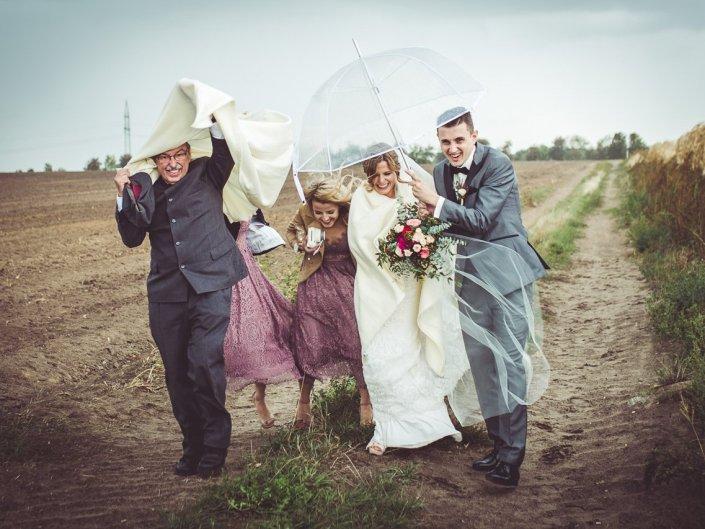 Regnerische Hochzeit