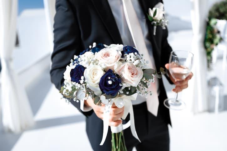 bukiet ślubny róże czarne