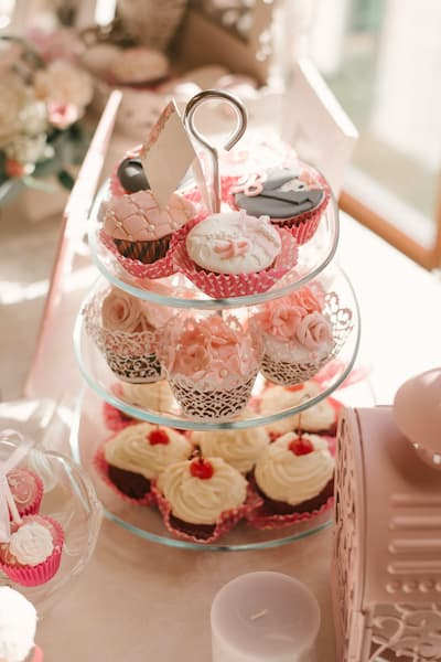 candy bar muffinki wesele różowe