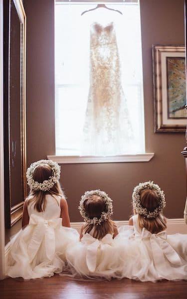 fryzury na wesele dla dzieci dziewczynki wianki