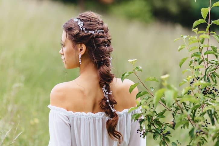 fryzury ślubne warkocz