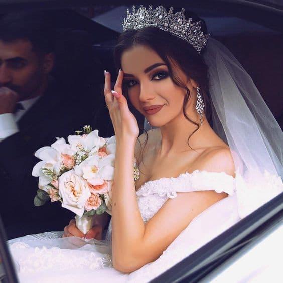 makijaż ślubny glamour korona
