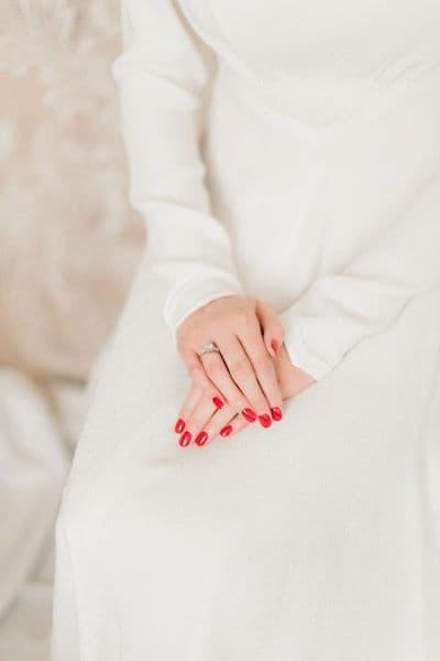 paznokcie panna młoda czerwone