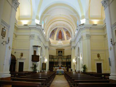 A Bettona Chiesa di Santa Maria Maggiore del 1200 con labside affrescata dal futurista Gerardo