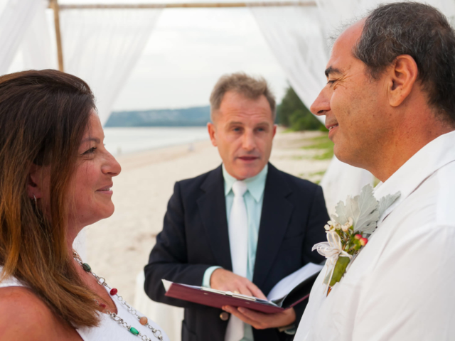 Beach marriage celebrant phuket (13)