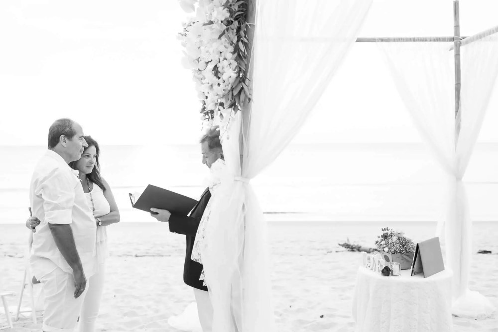 Beach marriage celebrant phuket (20)