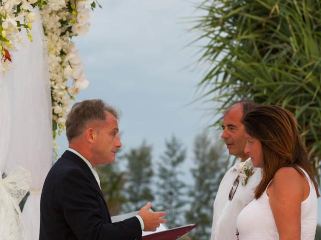 Beach marriage celebrant phuket (4)