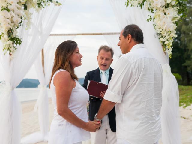 Beach marriage celebrant phuket (8)