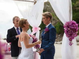 Beach wedding celebrant (11)