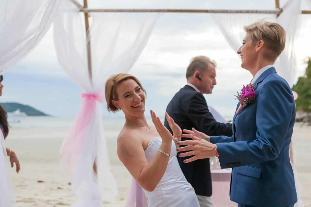 Beach wedding celebrant (6)
