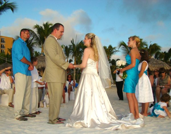 Civil Marriages in Aruba