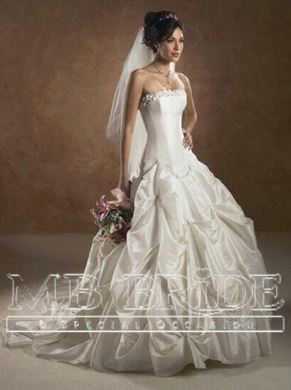 designer bridal gowns c2
