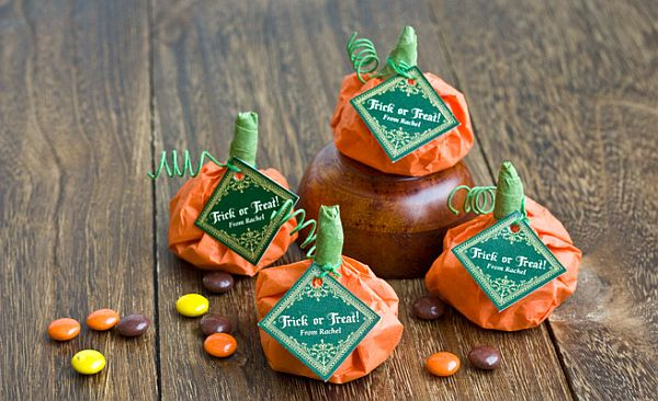 DIY Candy filled pumpkin wedding favors