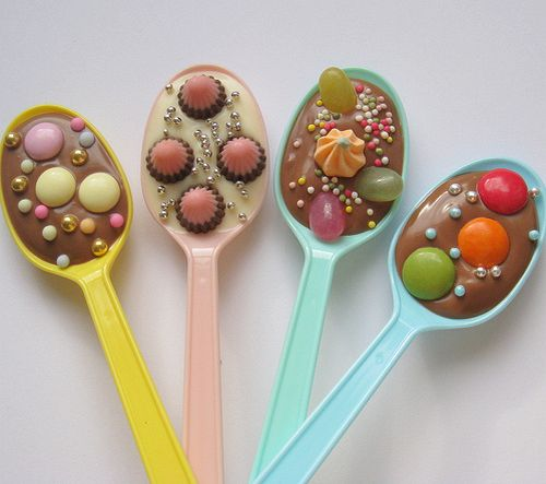 DIY Chocolate party spoons