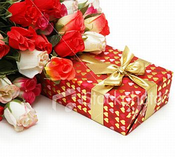 flower bouquet and gift box 49