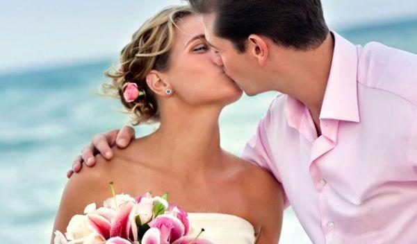 Indulge into romance