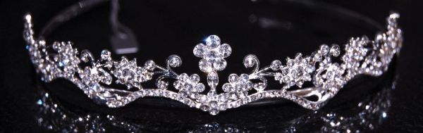 Lauren bridal tiara