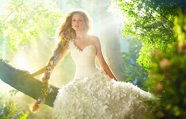 Things that will make your nature themed wedding look more for Nature inspired wedding dresses