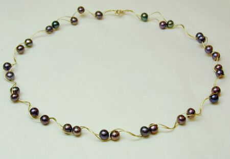 pearl necklace o12