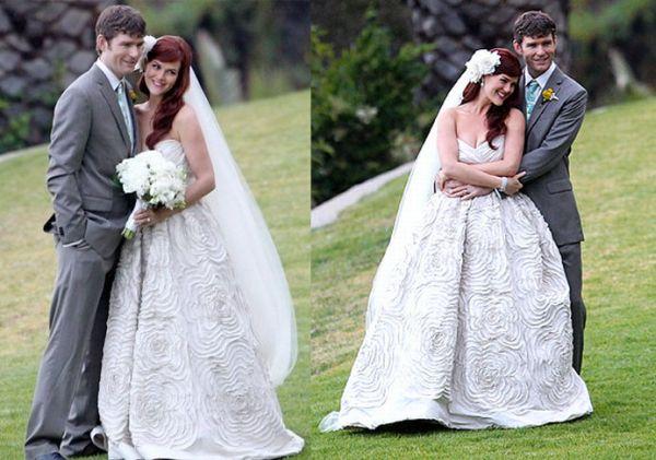 Sara Rue Wedding Dress