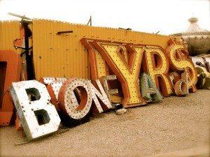 las-vegas-boneyard-neon-light-graveyard_1