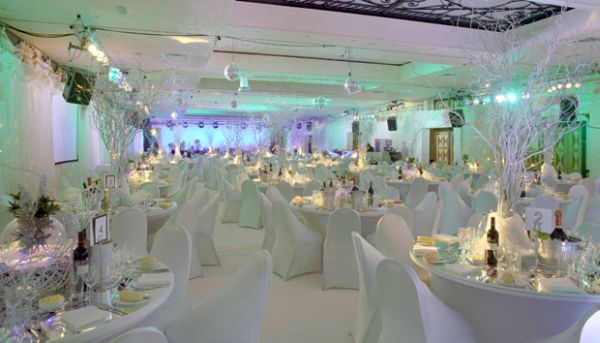 winter-wedding-decorations