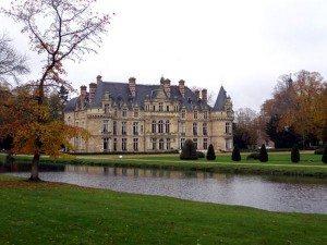 chateau_esclimont_lawns_original