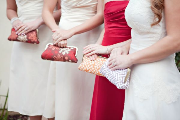 Oatmeal-and-Lace-clutches