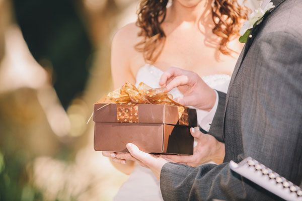 wedding-costs-brown-brown_evermore-photography
